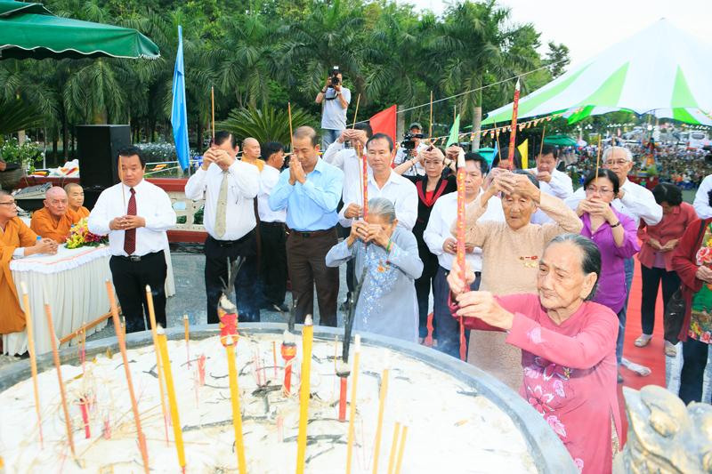 8 năm liên tiếp tổ chức Lễ hội tiết Thanh Minh