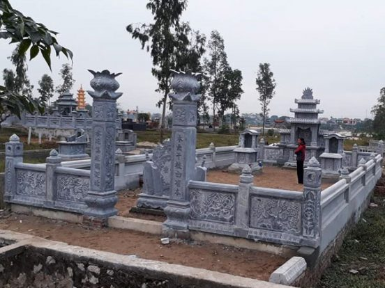 xây mộ gia tộc