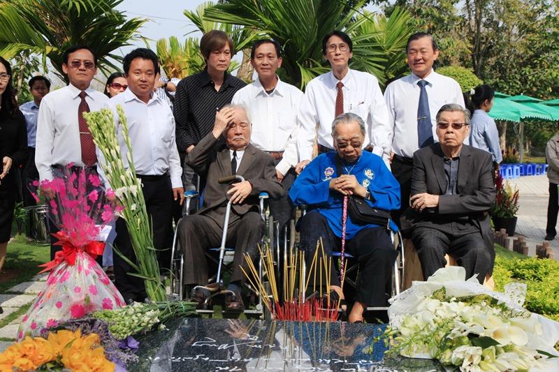Video buổi khánh thành khu vườn mộ Nhạc sĩ Phạm Duy