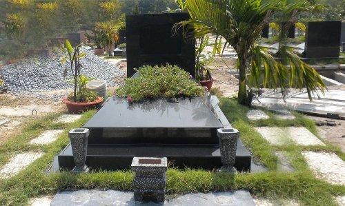 Tư vấn cách chọn hướng đặt mộ theo tuổi hợp phong thủy