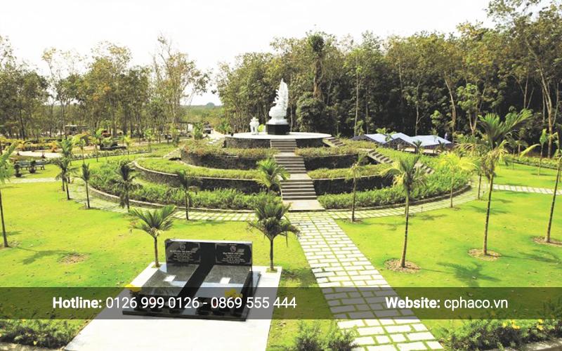 Khu vườn mộ Phu Thê