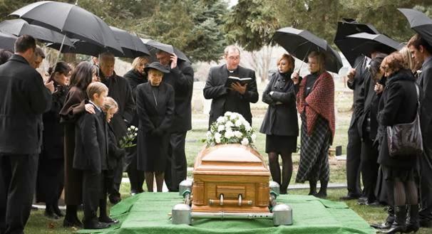 Trang phục tang lễ – những điều cần biết