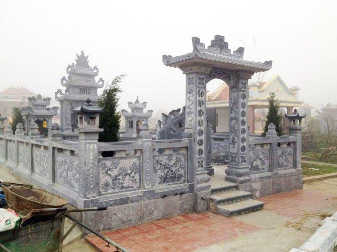 Mẫu mộ đá gia tộc 1