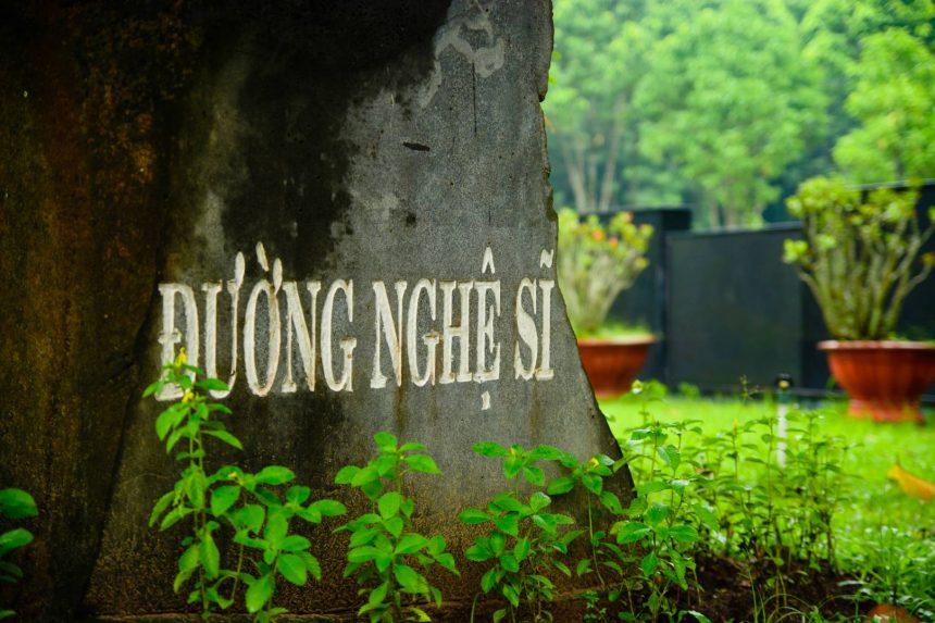 Sân khấu mới của NSƯT - NSND Giang Châu
