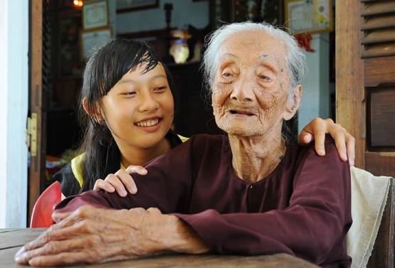 Chữ HIẾU trong gia đình Việt Nam