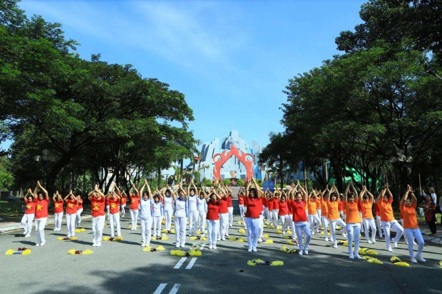400 vận động viên cao tuổi tham gia hội thi thể dục dưỡng sinh năm 2019