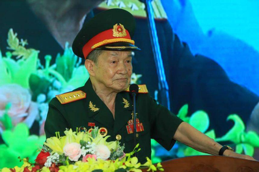 Đại tá Nguyễn Văn Tàu xúc động chia sẽ về những ký ức trong cuộc chiến đấu gian khổ với rất nhiều đồng đội đã ngã xuống.