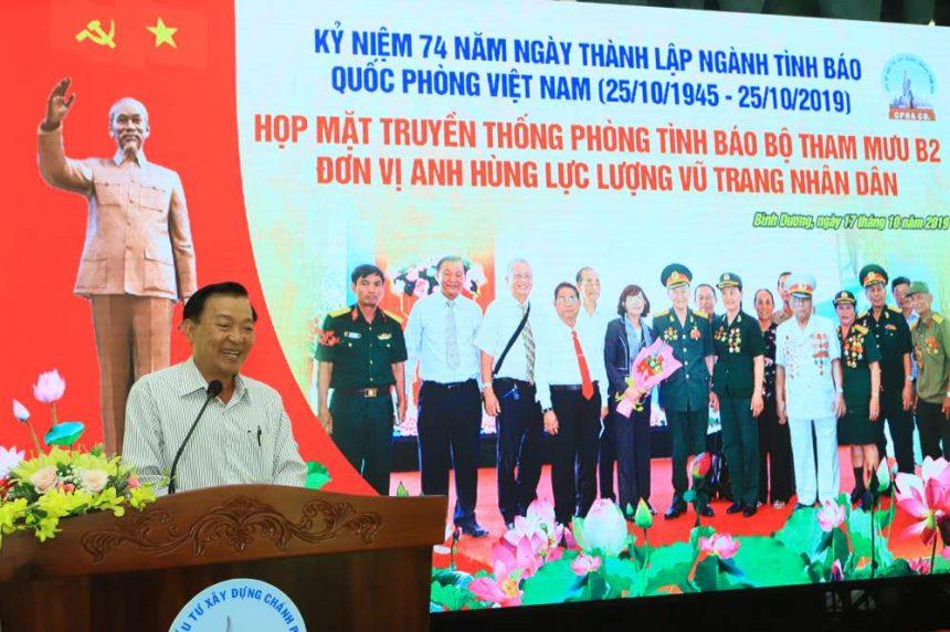 Ông Nguyễn Văn Thiền, Chủ tịch hội đồng quản trị cty cổ phần đầu tư xây dựng Chánh Phú Hoà phát biểu tại buổi họp mặt