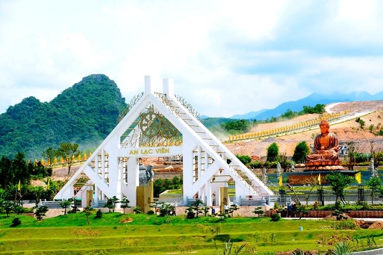 cong-chinh-cong-vien-nghia-trang-an-lac
