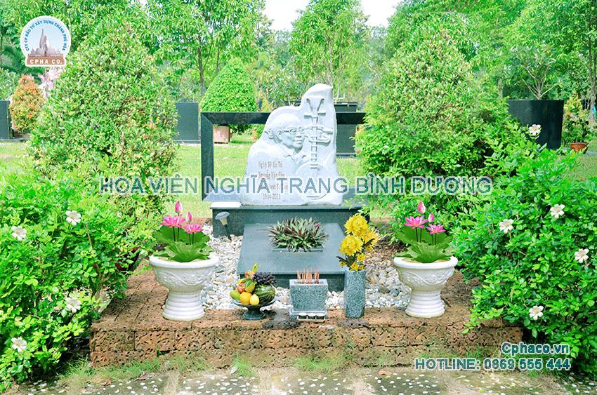 Mộ nghệ sỹ Tư Còn tại Hoa viên nghĩa trang Bình Dương