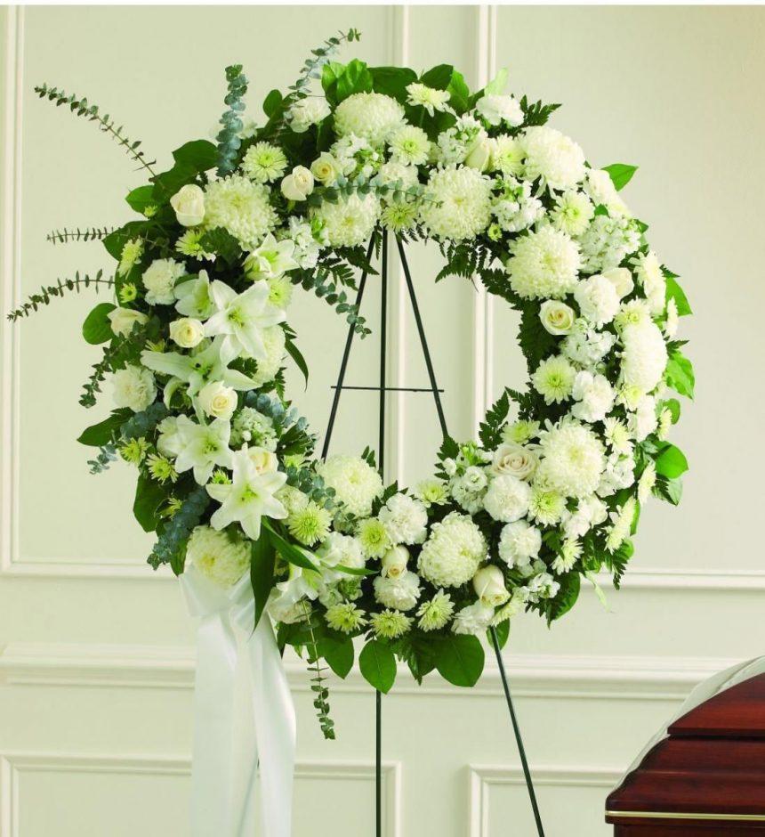 Vòng hoa cúc trắng
