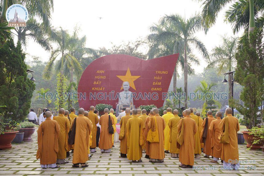 Lễ xá tội vong ân tại Khu tưởng niệm bà mẹ VNAH