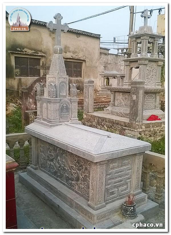 mộ đá công giáo 1