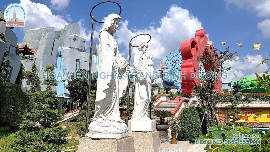 Đài tượng Gia đình thánh gia trong khu Linh Hoa Tuệ Đàn – Hoa Viên Bình Dương