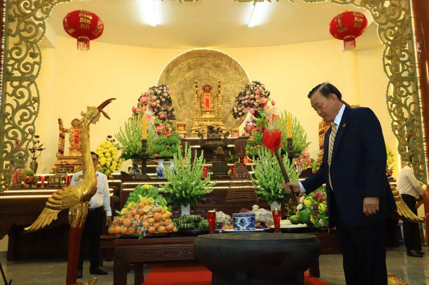 Giỗ tổ Hùng Vương năm Tân Sửu 2021 tại Đền Hùng Hoa Viên Bình Dương.